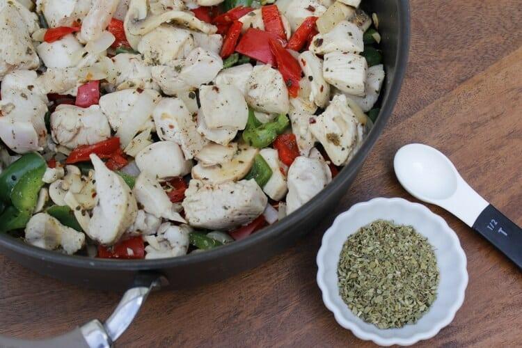Simple & Healthy Chicken Cacciatore